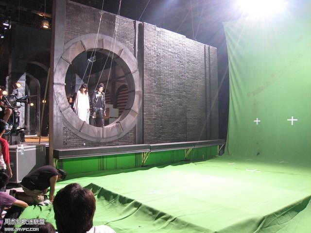 《龙战骑士》MV拍摄花絮图(更新) 人气:962