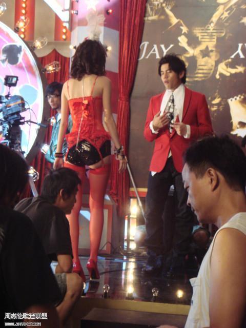 《魔术先生》MV花絮照 人气:1394