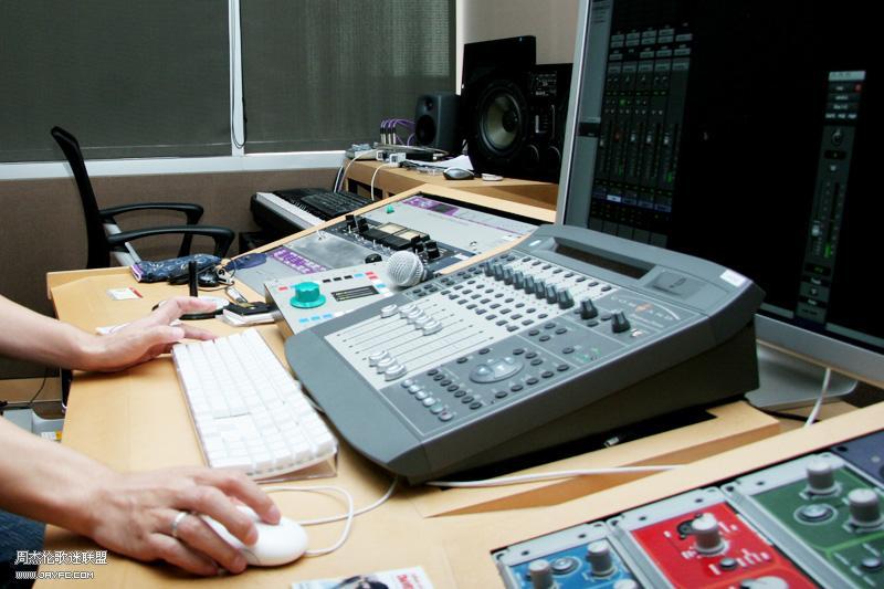 杰伦的录音室 人气:2066